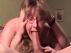 silikonovie-grudi-v-sperme